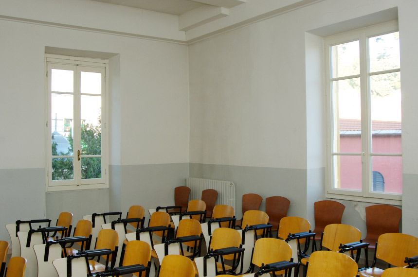 Interno finestre, Polo Universitario di Imperia